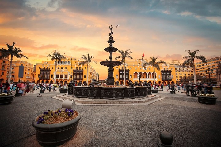 Vender libros en Perú