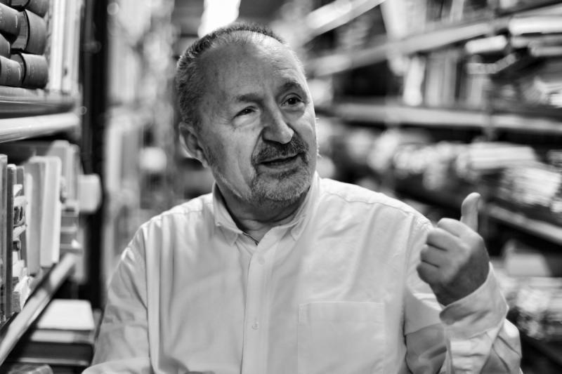 Abelardo Linares