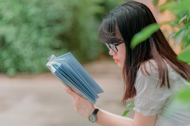 beneficios de los libros en papel